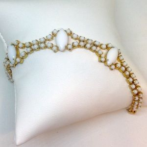 Beautiful Milk Glass Vintage Bracelet